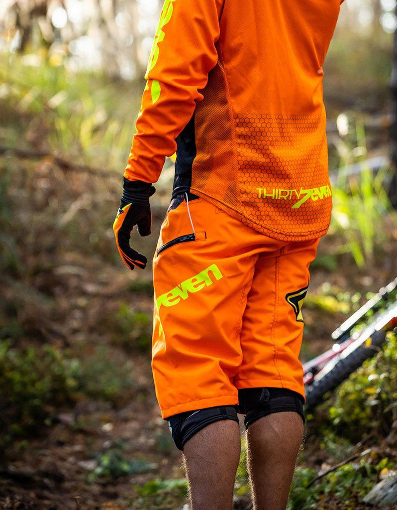 Dein T7N Limited Neon Jersey Jersey Thirty7even