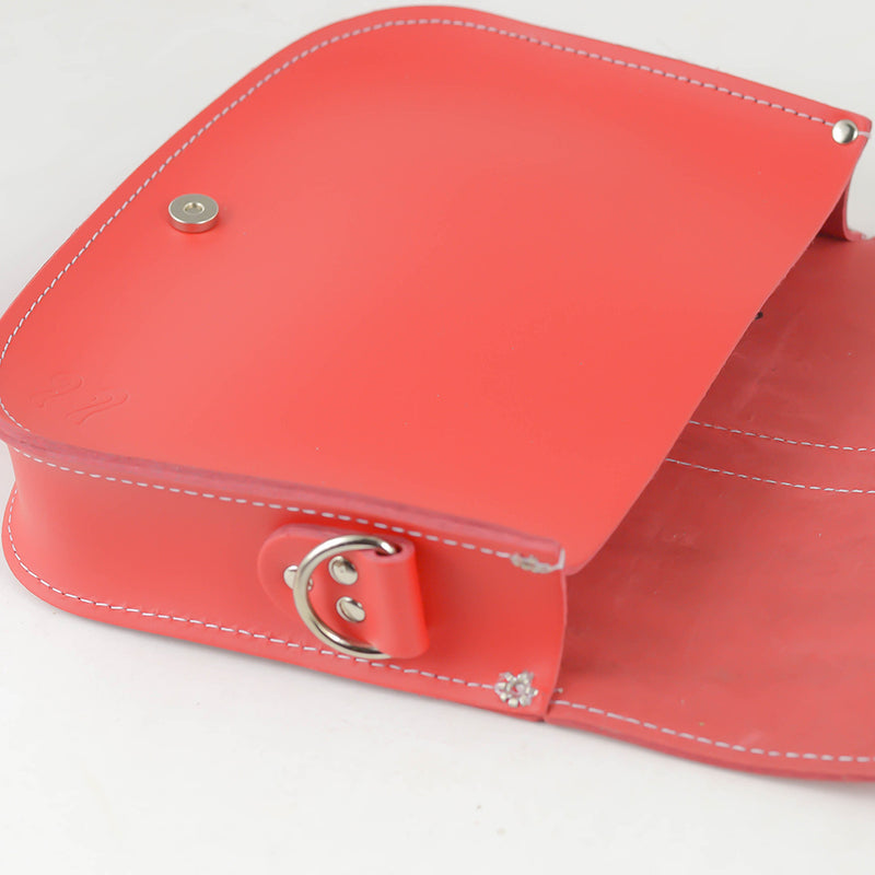 CROSS BODY RED