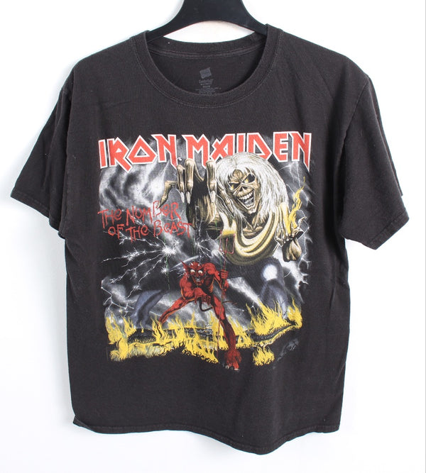 VINTAGE BAND T SHIRT- SIZE M - IRON MAIDEN