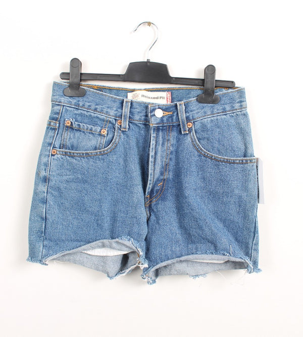 VINTAGE LEVIS DENIM SHORT - SIZE 28