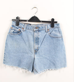 VINTAGE LEVIS DENIM SHORT - SIZE 30