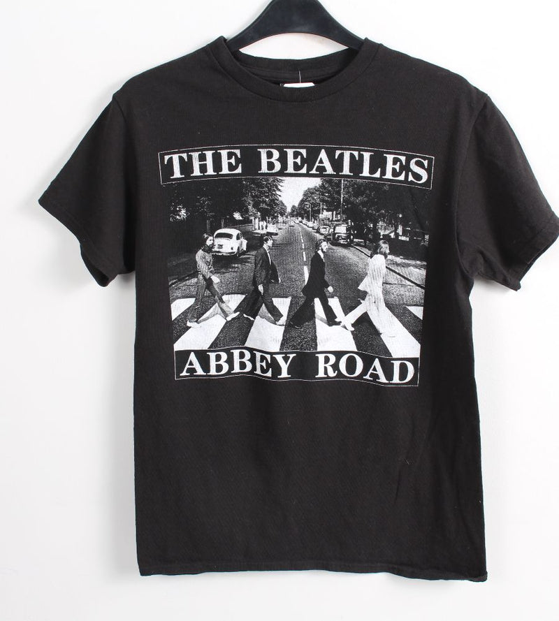 VINTAGE BAND T SHIRT- SIZE S - THE BEATLES