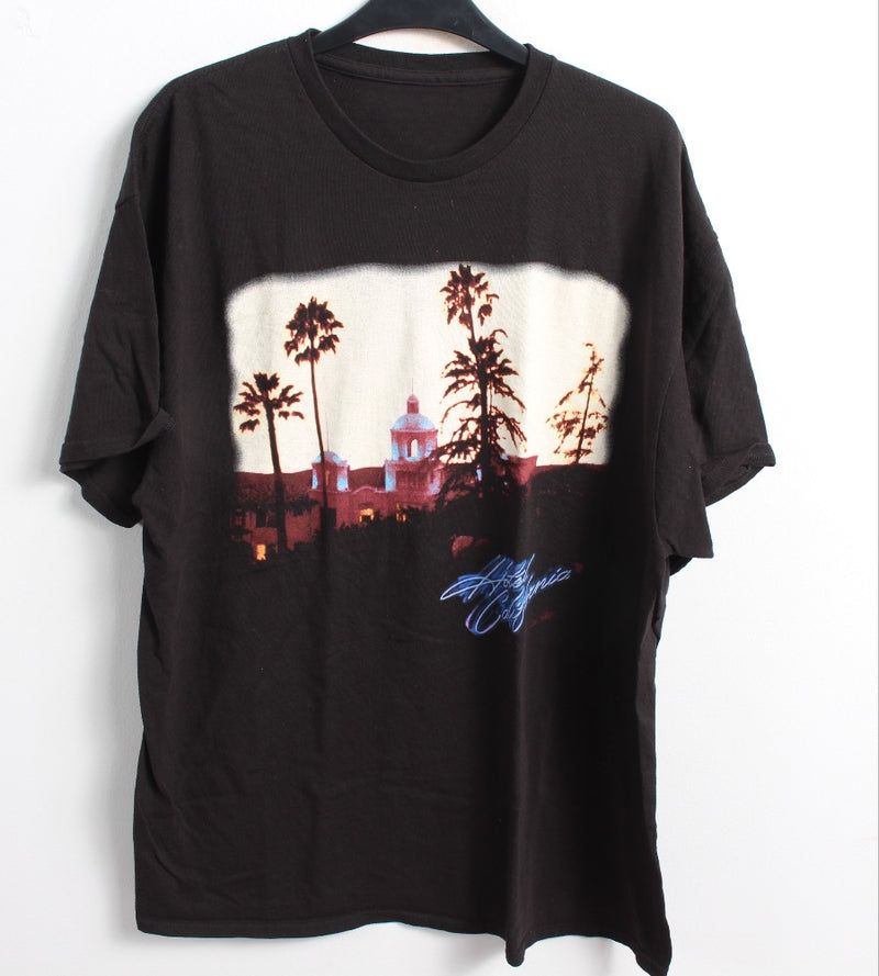 VINTAGE HOTEL CALIFORNIA TEE - SIZE 2XL