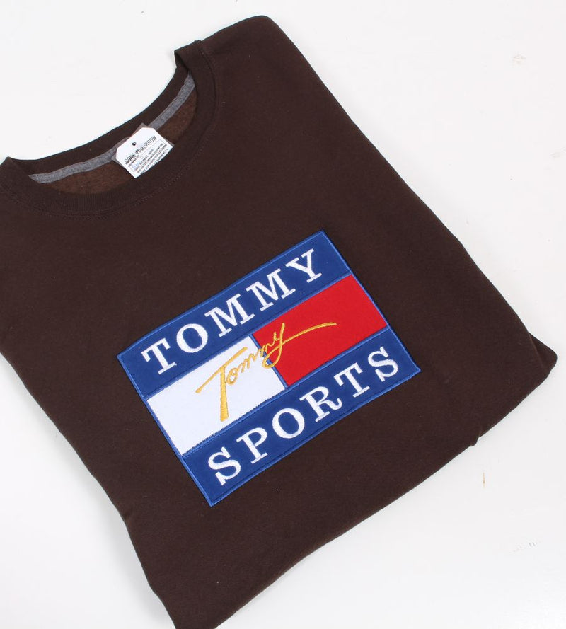 VINTAGE BOOTLEG TOMMY SPORTS SPELLOUT SWEATER - SIZE L