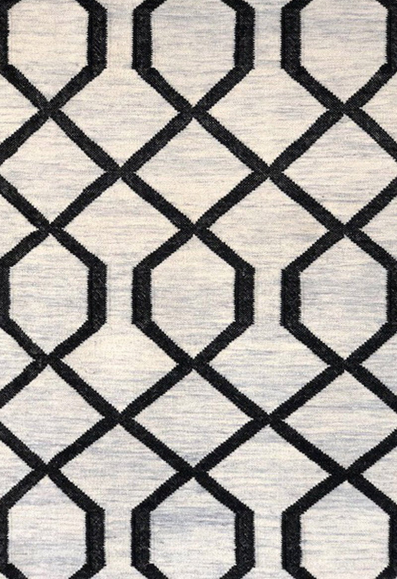 geometric rug in contemporary style