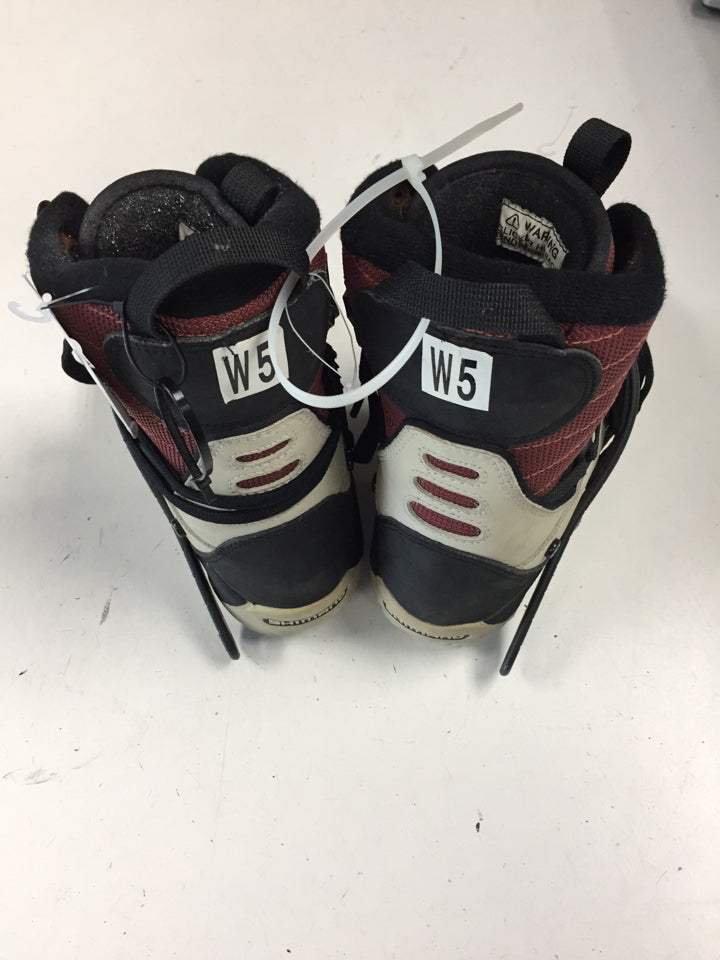 Shimano Black/Red Womens Size Specific 5 Used Snowboard Boots