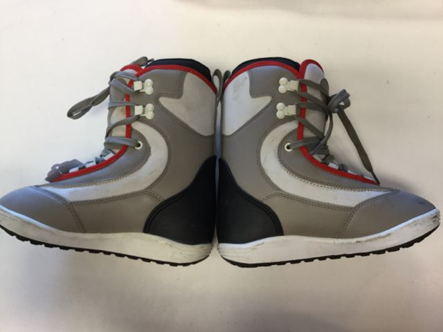 Ride Base Womens 6 Used Snowboard Boots