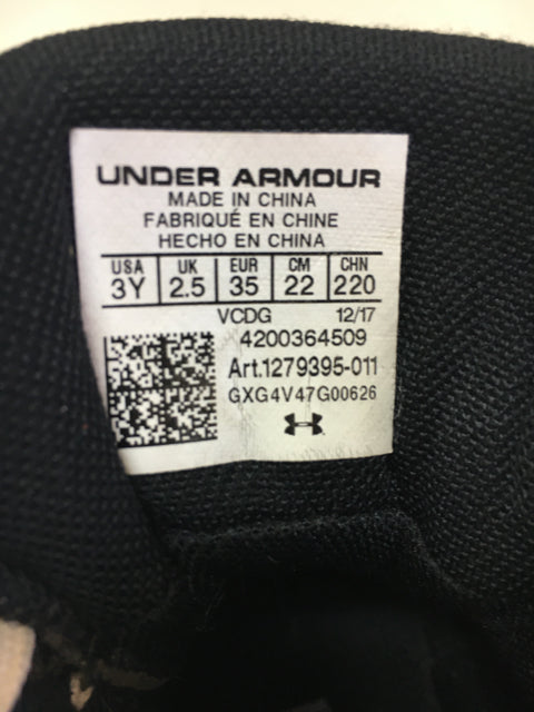 Under Armour Baseball Cleats Black Youth 3