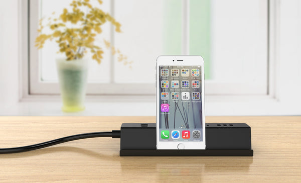 Free Gift Power Strip with USB Charger with Surge Protection 3 Outlets 3 USB Ports 5 ft Long Power Cord with Phone Holder 的副本