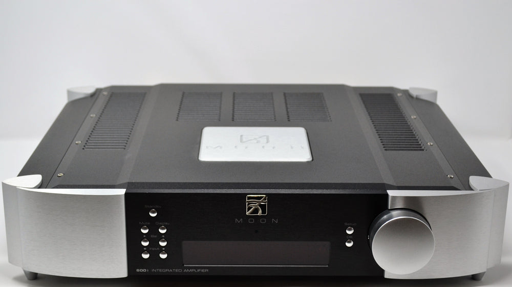 Simaudio Moon 600i (v1) Dual-Mono Integrated Amplifier.