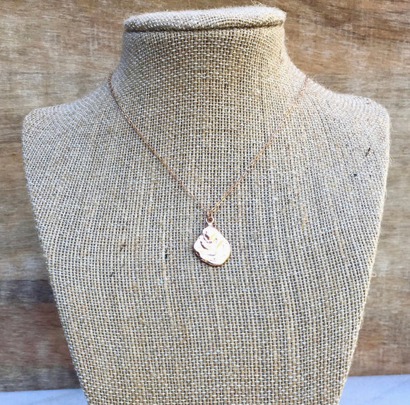 Rose Gold Oyster Necklace