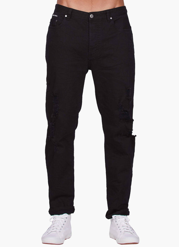 B.Relaxed Jean (Straight Fit) XO Black