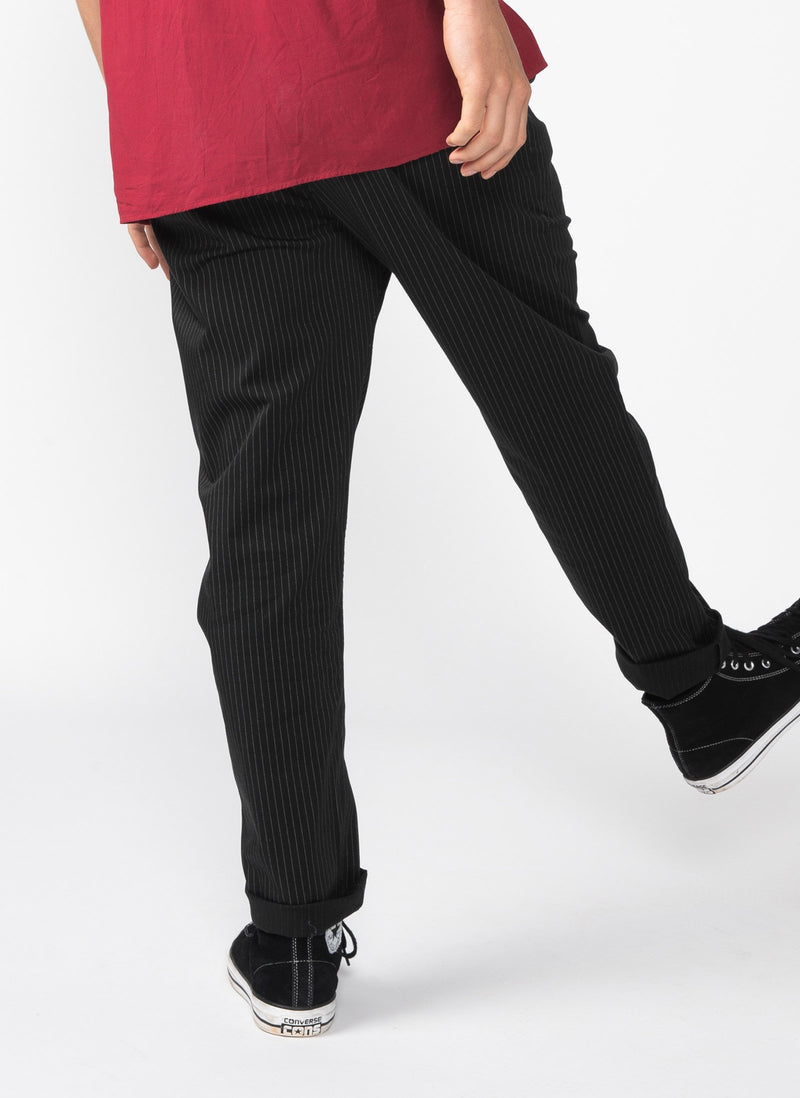 B.Relaxed Pant Black Pinstripe