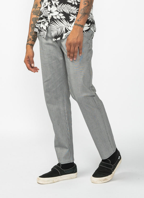 B.Relaxed Chino Grey Plaid