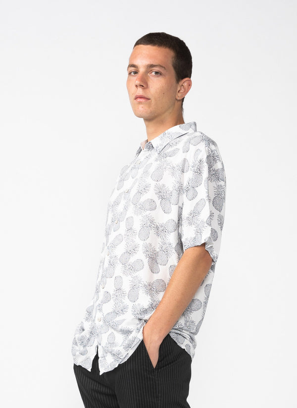 Holiday Short Sleeve Shirt White Pineapple
