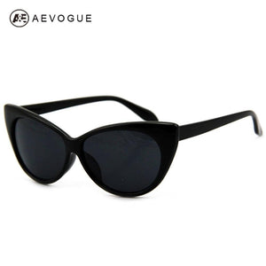Pointed Tip Vintage Cat Eye Sunglasses