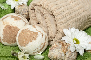 Natural Handmade Bath Bombs