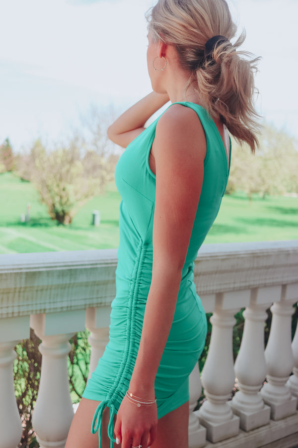 GREEN WITH ENVY CINCHED DRESS ❇️