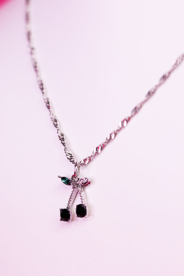 CHERRY NECKLACE - SILVER/BLACK