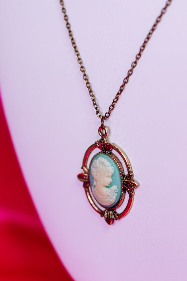 VINTAGE DAYLIGHT NECKLACE