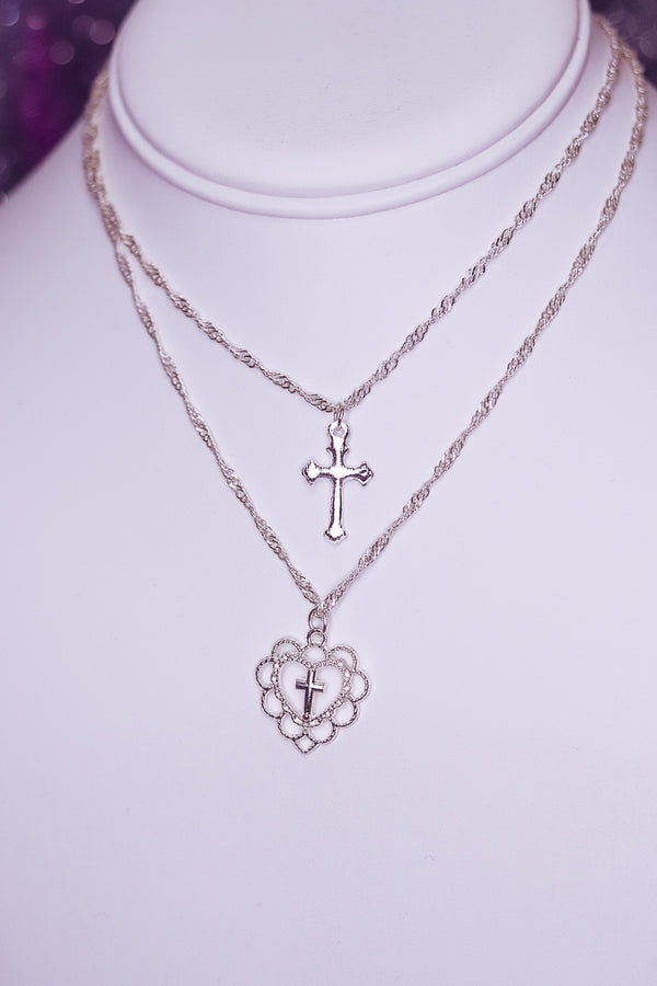 LAYERED CROSS CHOKER