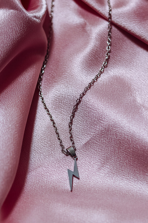 LIGHTNING BOLT NECKLACE - SILVER - Idol Style - affordable boutique
