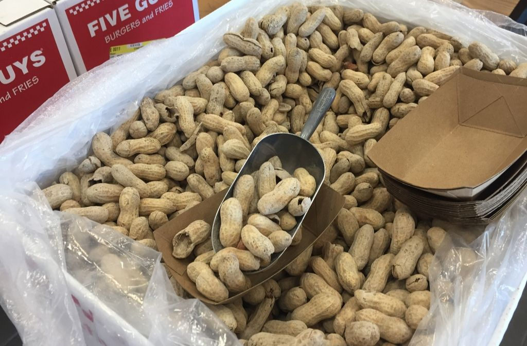 tray of keto friendly peanuts at five guys