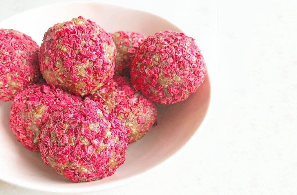 raw vegan chocolate raspberry bliss balls