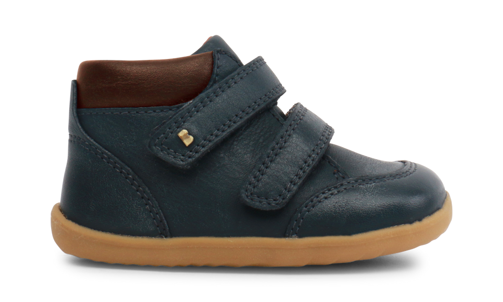 Navy leather boots for pre walkers for boys. Velcro straps. Navy boots for first walkers. Shop local at Sticky Fingers Children's Boutique in Niddrie, Victoria, Melbourne.