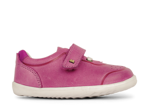 Girls pre walker shoes. Leather pre walker shoes for girls. Pink leather sneakers for girls. Shop local at Sticky Fingers Children's Boutique In Niddrie, Melbourne, Victoria.