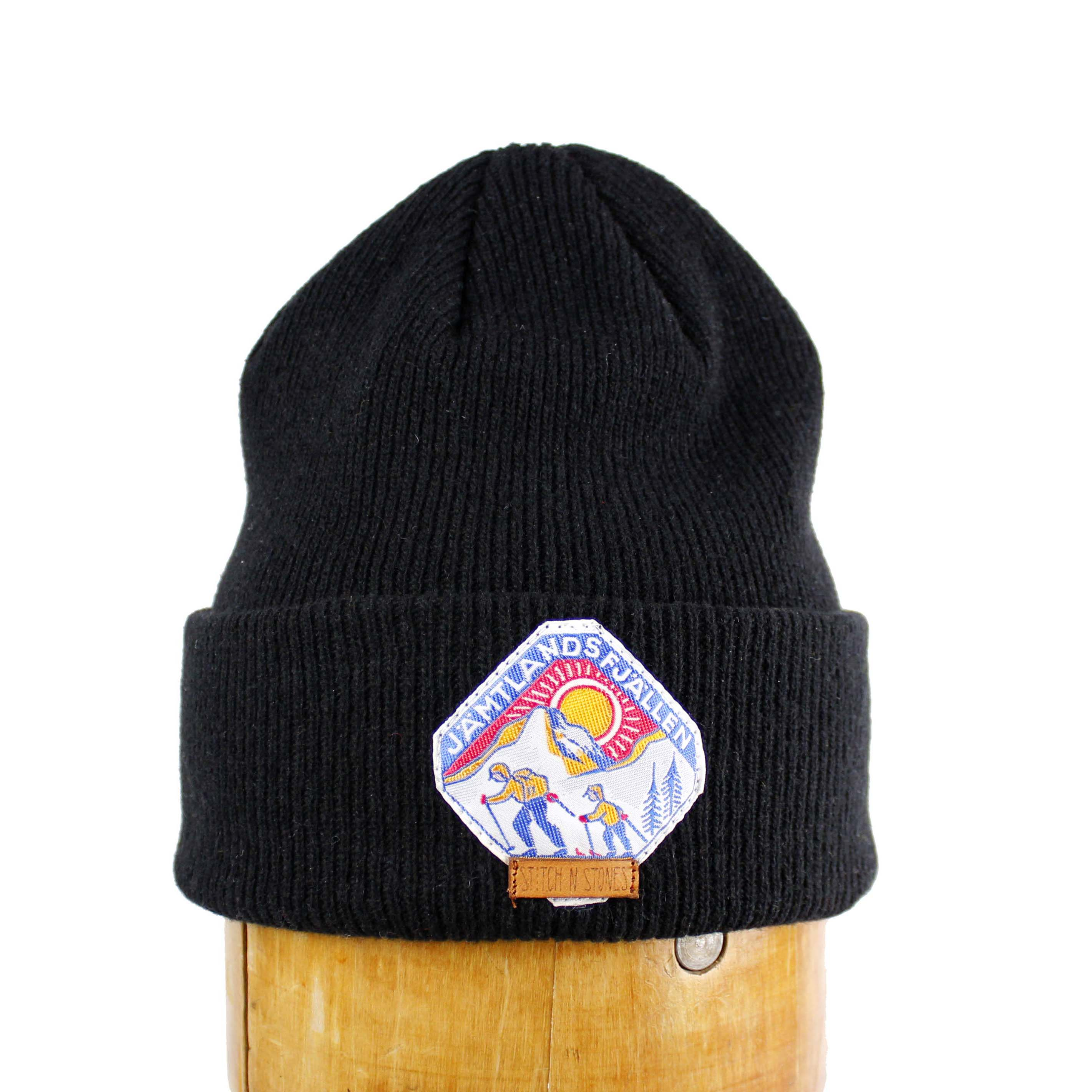Lambswool Beanie with retro Jämtlandsfjällen patch