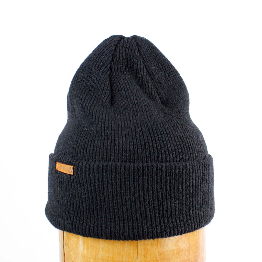 Lambswool Beanie with tiny leather logo