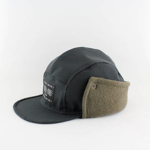 Wintercap Black/Green Snap Buttons