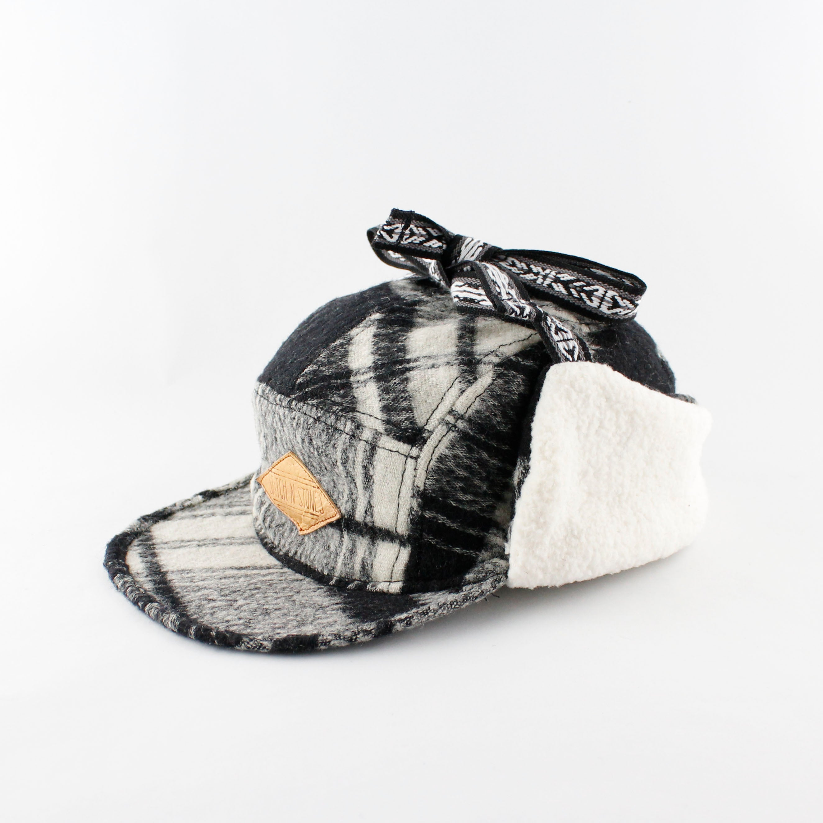 Kids Winter Cap Black and White