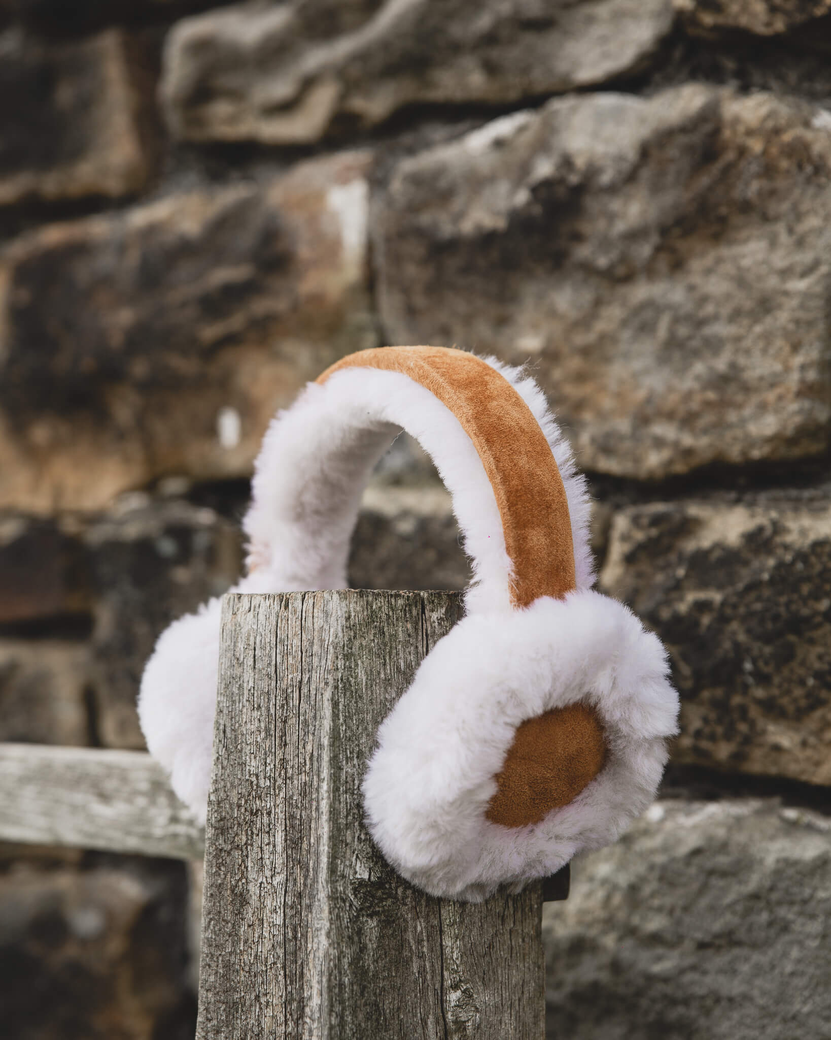 Women's Sheepskin Earmuffs 506-100