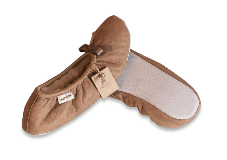 shepherd womens sheepskin slippers SAGA camel pair