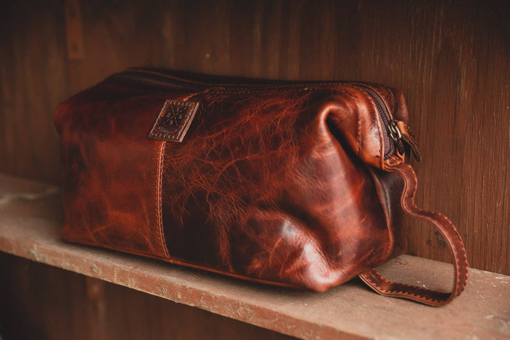 Traditional Leather Washbag