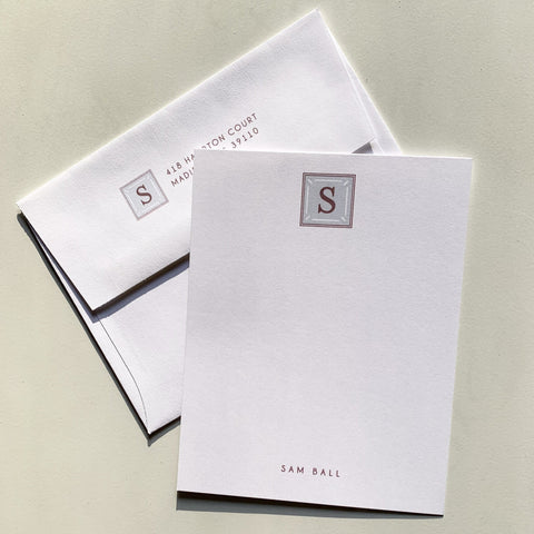 Single Monogram Notecards
