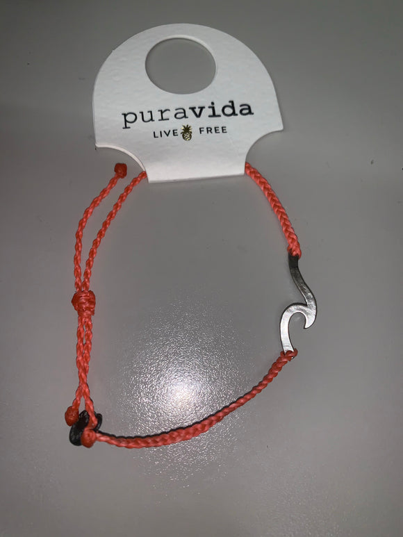 Puravida Hammered Wave Silver Bracelet Strawberry