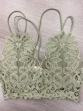 Load image into Gallery viewer, All Over Lace Bralette