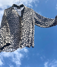 Load image into Gallery viewer, Leopard Blouse