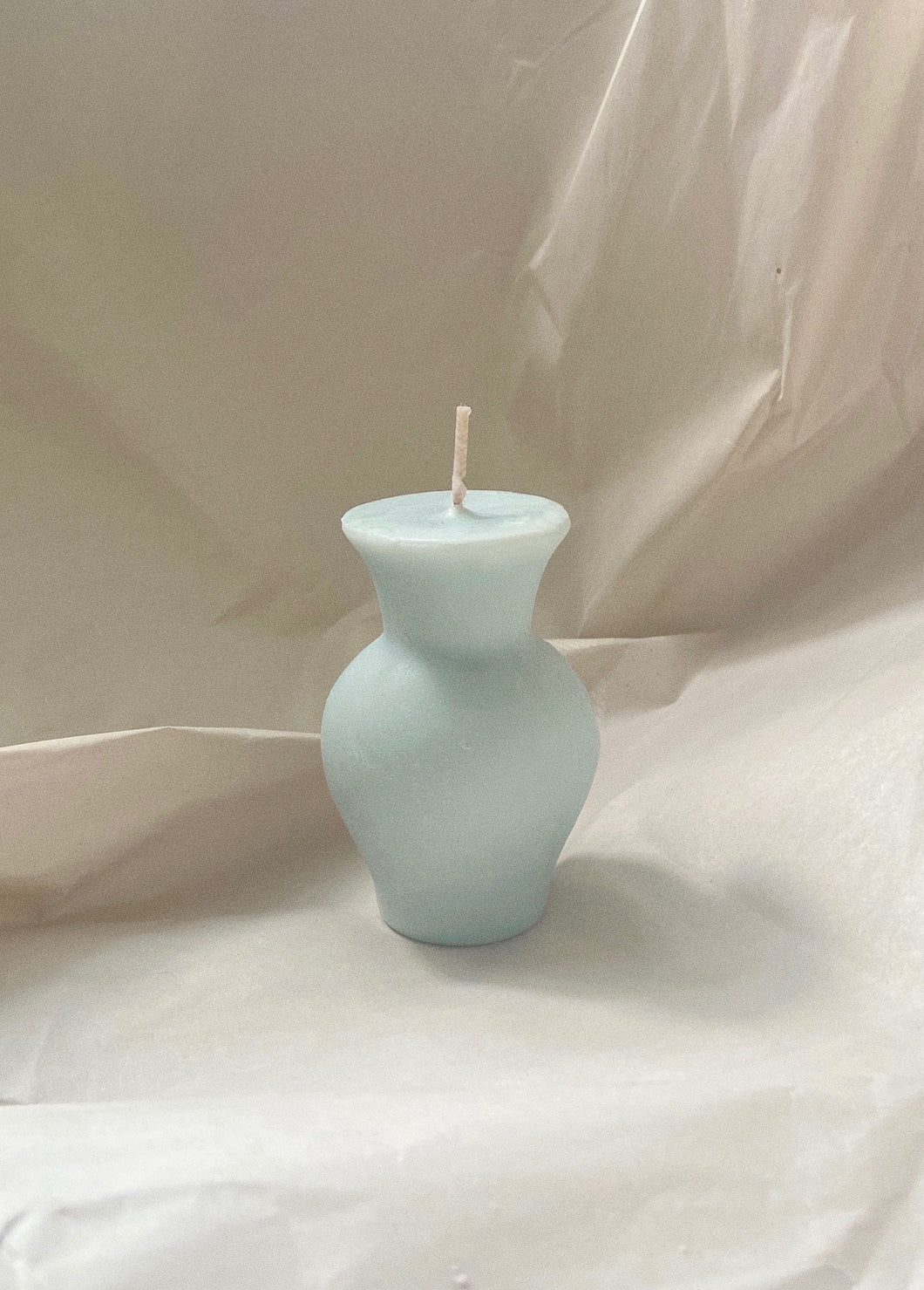 Iris Candle  - Baby Blue
