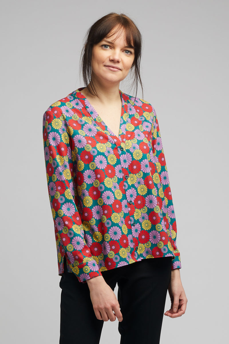 Band Collar Shirt in Kiku Print