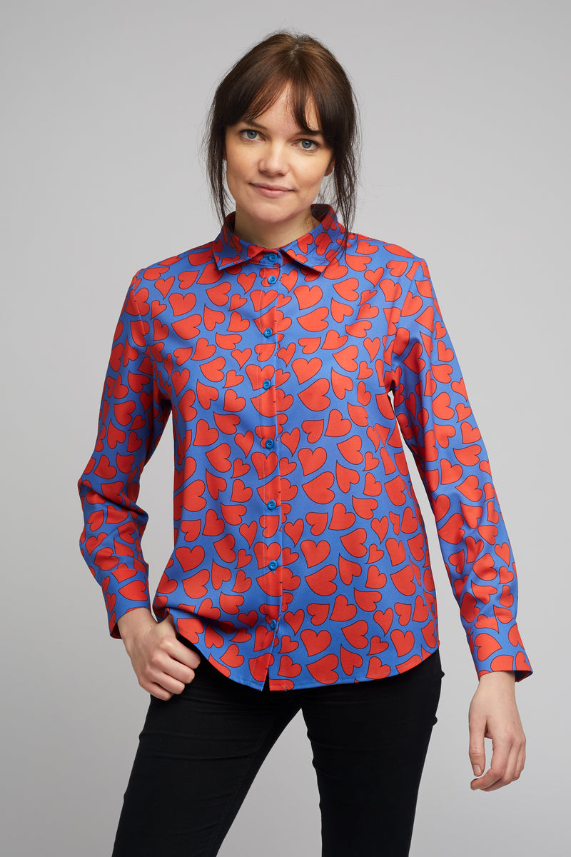 Women's Classic Long Sleeve Shirt in Heart Print