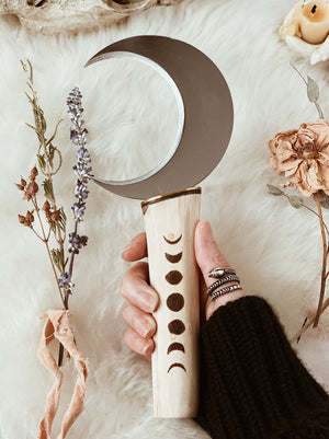 Boline Sickle Knife with Moon Phases Handle | Magickal Tool