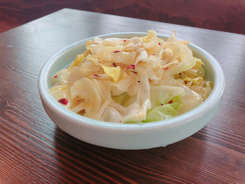 (微辣)手撕包菜 Spicy Stir-fried Cabbage