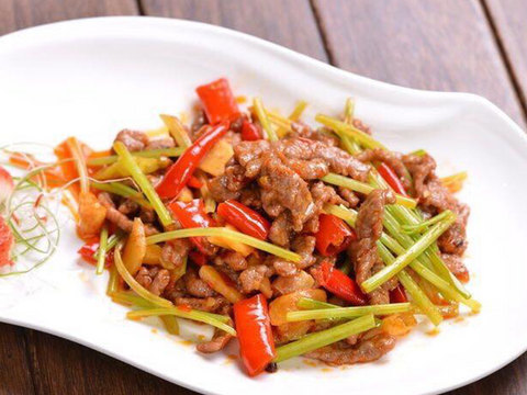 (中辣)孜然小炒羊 Stir-Fried Lamb with Cumin