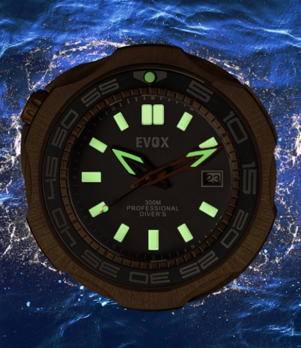 Evox diver watch lume