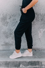 Holla At Ya Joggers -Black