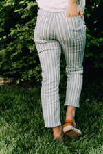 STRIPE ANKLE FLARE PANTS